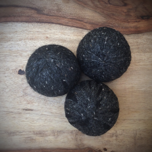 BLACK HEATHER WOOL DRYER BALLS